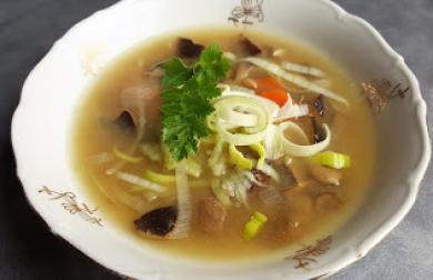 Houbová polévka z Valašskou kyškou