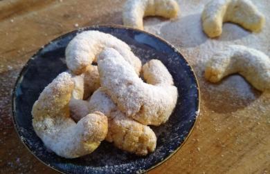 Low carb cukroví vanilkové rohlíčky