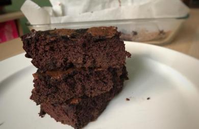 Cuketový extra čokoládový koláč - nízkosacharidový