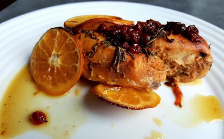Kuřecí prsa s šumivým vínem, rakytníkem a pomerančem