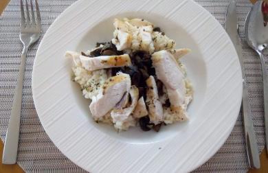 Krémové rizoto s žampiony a kuřecím masem