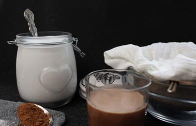 Domácí kokosové mléko + kokosová mouka