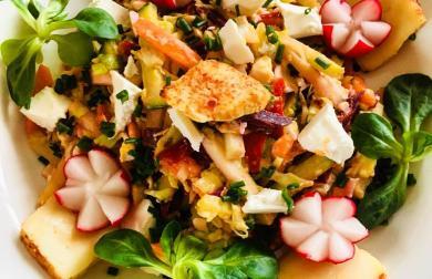 Salát s Balkánem a chilli Romadurem