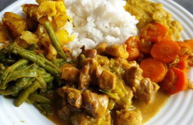Kuřecí curry Srí Lanka