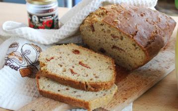 Špaldový cuketový chlieb