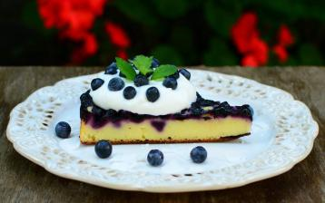 Tvarohový dort s borůvkami