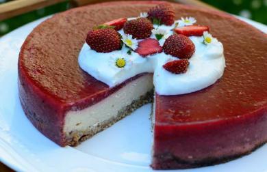 Tvarohový dortík s jahodami